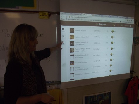 Frau Knezovic uses Blendspace, a site that quickly generates digital content, to teach her seventh period German students.