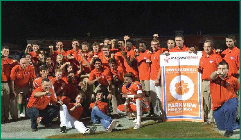 Varsity Baseball team celebrates national title