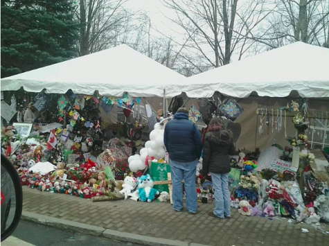 Sandy Hook Elementary memorial twelve days after the shooting